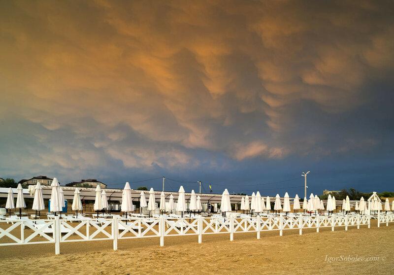 Мамматус (вымеобразное облако) после грозы