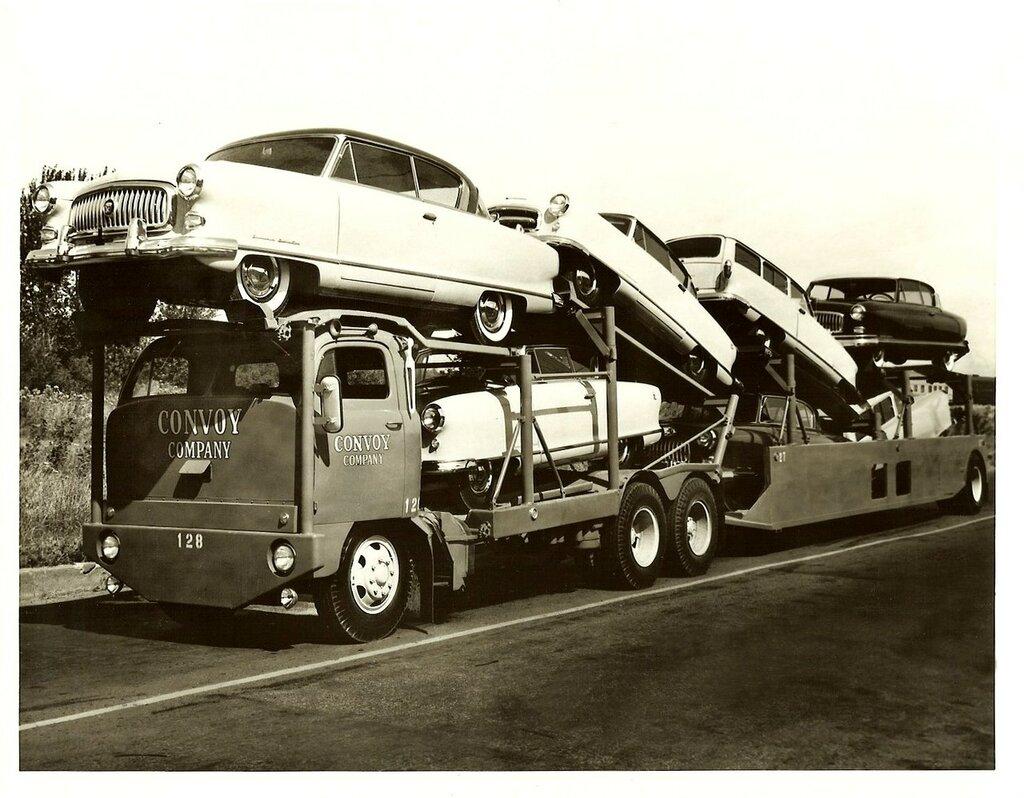 6 52 NASH CONVOY car hauler.jpg