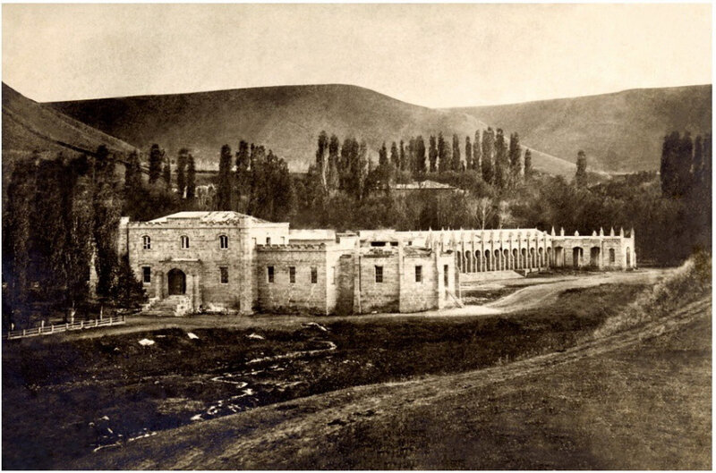 1859 Кисловодск является первым известным фотоизображением КМВ. Автор - генерал-лейтенант, участник Кавказской войны, выдающийся фотограф-любитель граф Иван Григорьевич Ностиц (1820-1905).jpg