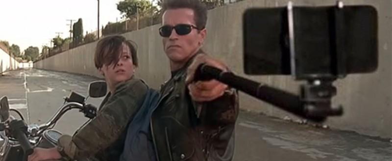 Герои блокбастеров променяли оружие на селфи палки в серии фотожаб
