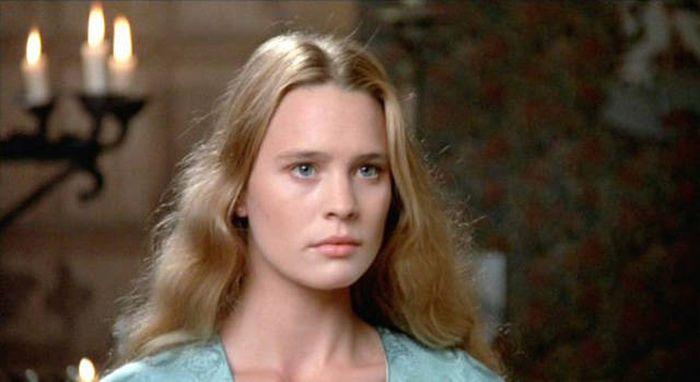 39. Синди Кроуфорд, 1988