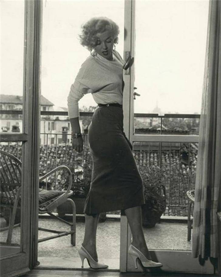 Розалина Нери — актриса, которую называли итальянской Мэрилин Монро. Как и в других случаях, на ее ф
