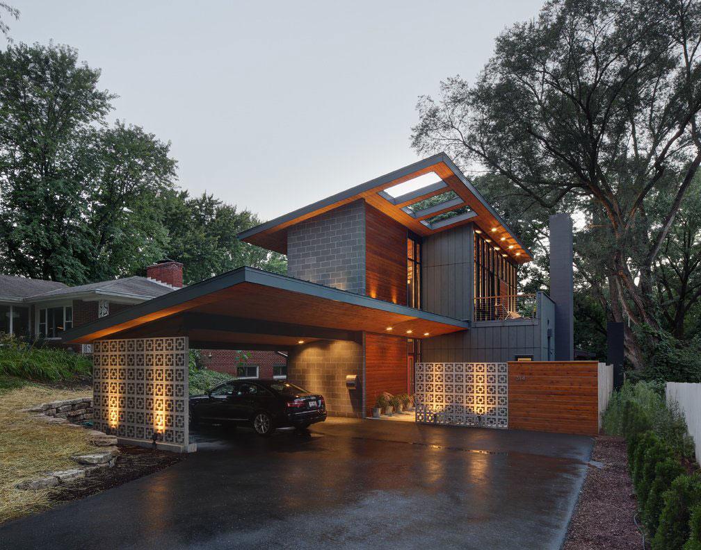 Дом Midvale Courtyard полностью реконструирован по проекту архитекторов из Bruns Architecture , расп