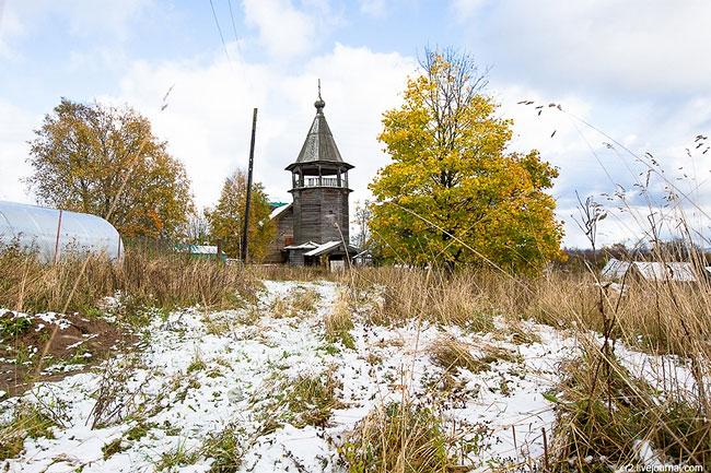 Село Щелейки расположено еще в Ленинградской области, но совсем рядом с карельской границей. Здесь н
