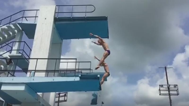 Натренировке сборной Российской Федерации  попрыжкам вводу под спортсменом обрушилась вышка