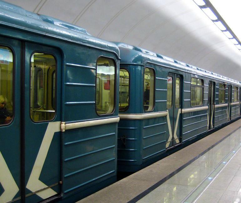 Московский метрополитен откроет три сувенирных магазина