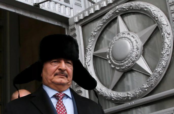 Руководитель африканского командованияВС США поведал освязях Российской Федерации сливийским генералом