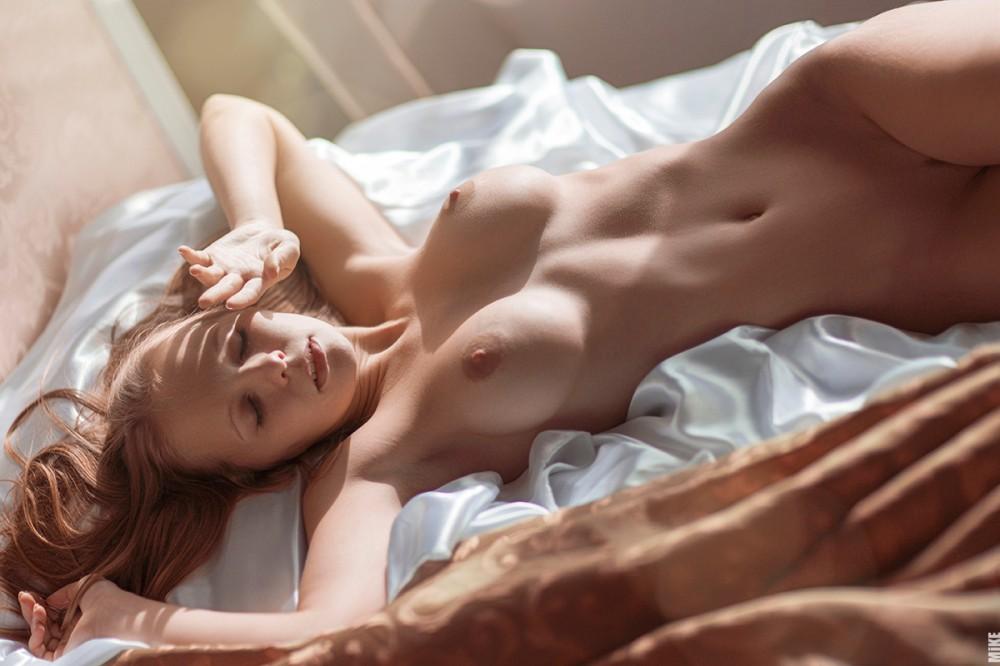 красивая девушка картинки эротика