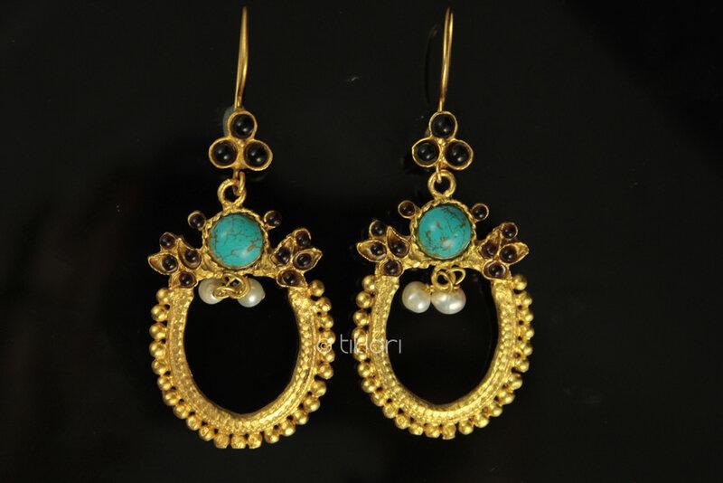 Cleopatra Earrings.jpg