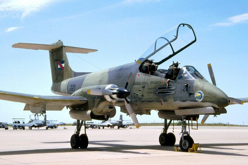 ia-58-pucar-uruguay_16292794862_o.jpg