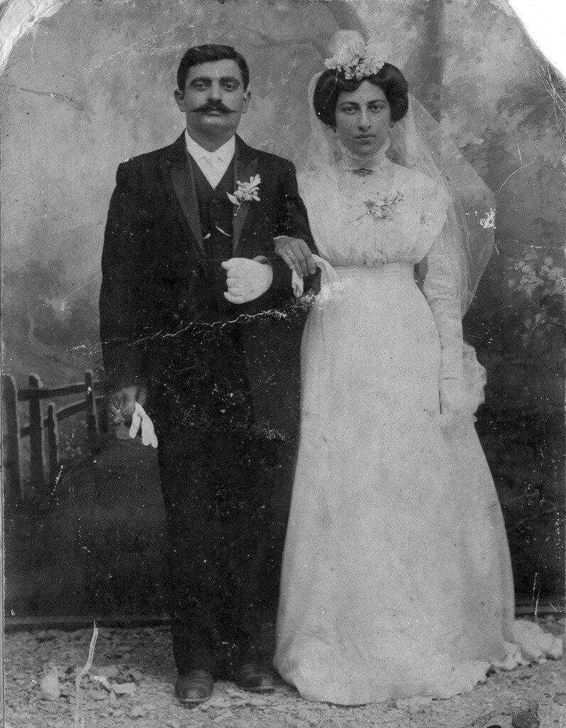 1911. Дмитрий Христофорович Кефалиди и Анастасия Савельевна Харлампова. Геленджик