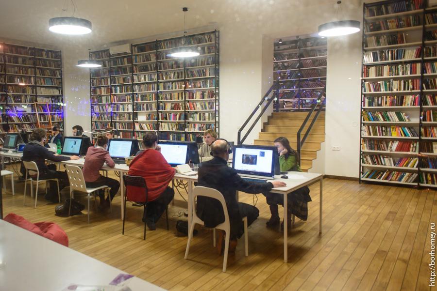 библиотека имени достоевского москва