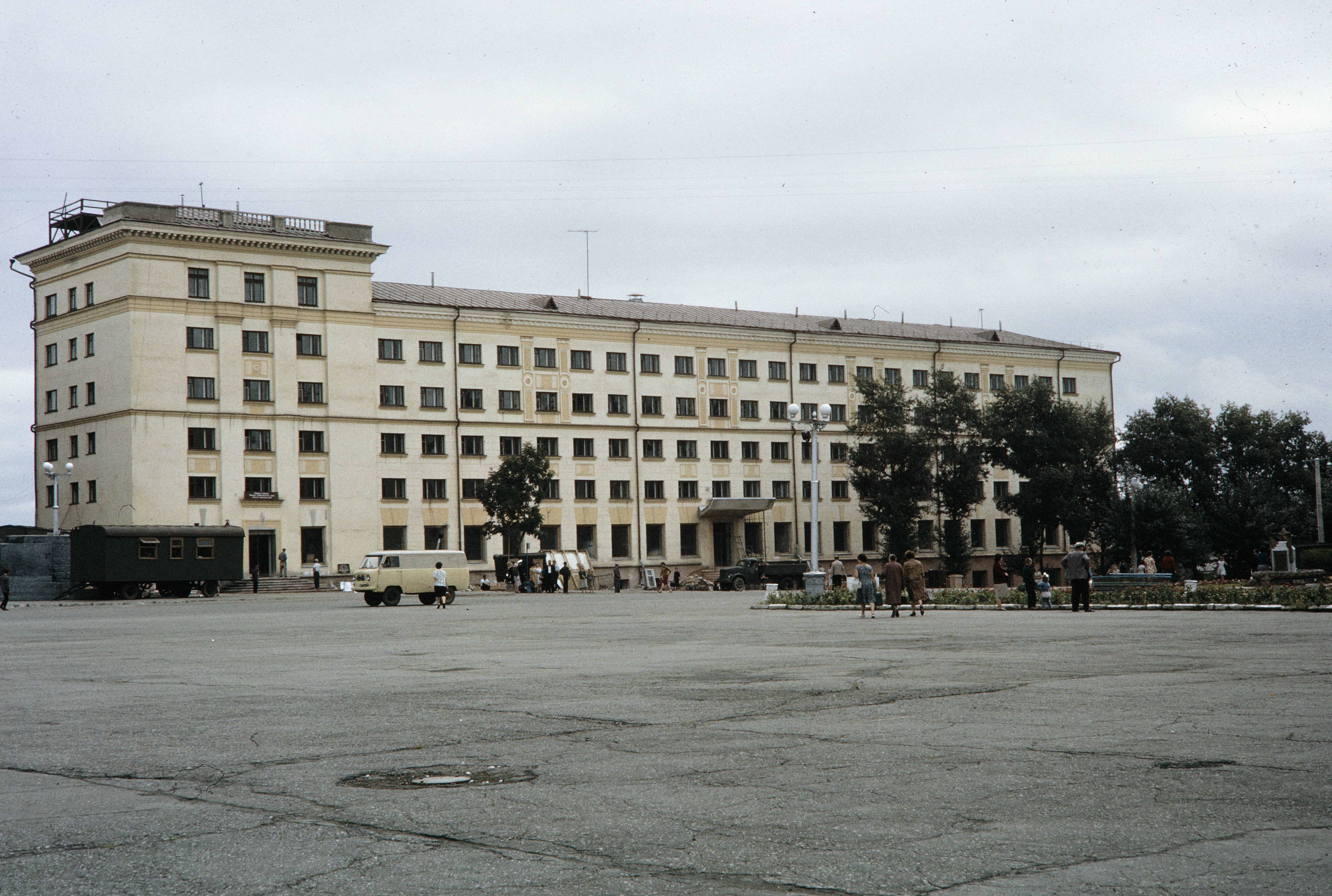 Новое здание гостиницы