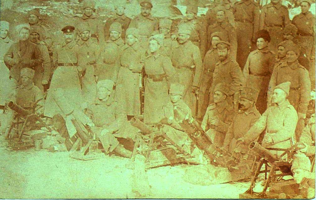 Фото военнослужащих 78-го пехотного Навагинского генерала Котляревского полка. Неизвестная мастерская, Россия, 1910-е гг.