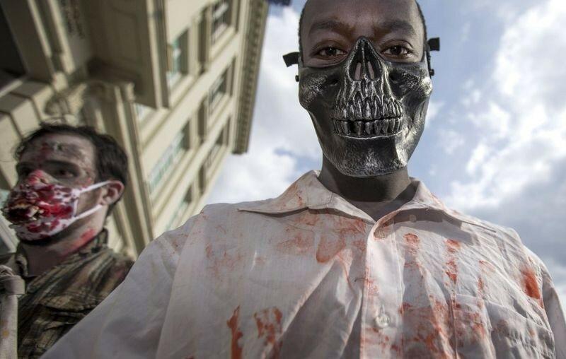Окровавленные зомби в Брюсселе на фестивале фантастики 0 16078d ffd2ed53 XL