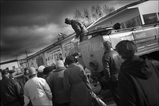 Деловые люди Как уже говорилось, рыбы СССР добывал даже с излишком. А излишек — это всегда соб