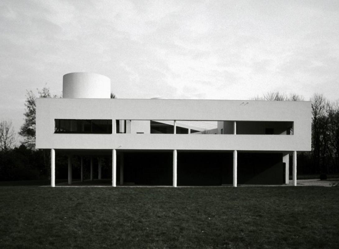 Вилла Савой — загородный дом в парижском предместье Пуасси, спроектированный Ле Корбюзье для промышл