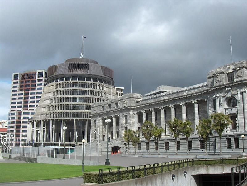 8. Здание парламента Новой Зеландии Парламент Новой Зеландии работает в недостроенном здании на прот