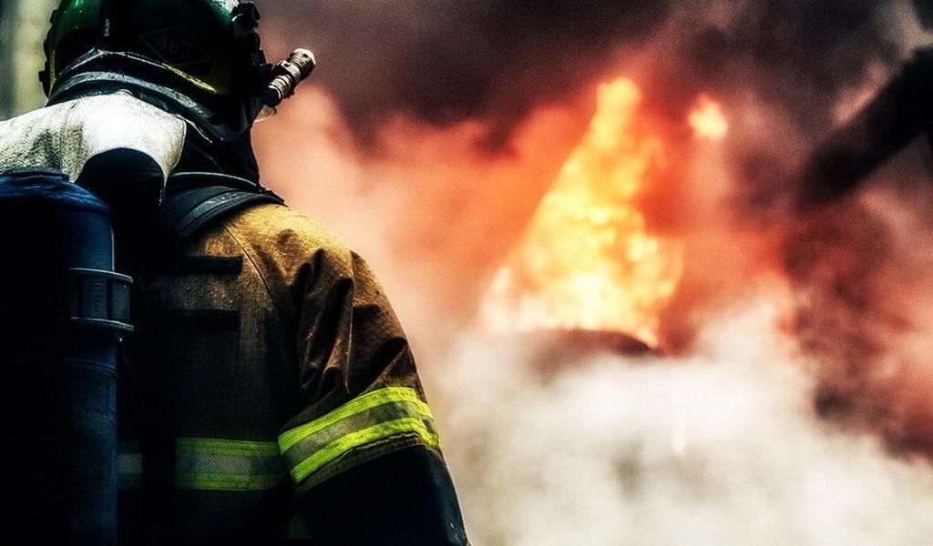 Врезультате сильного возгорания наАлтае погибли мать исын