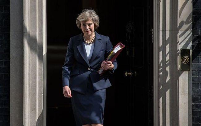 Британские  депутаты  проголосовали запроведение досрочных выборов