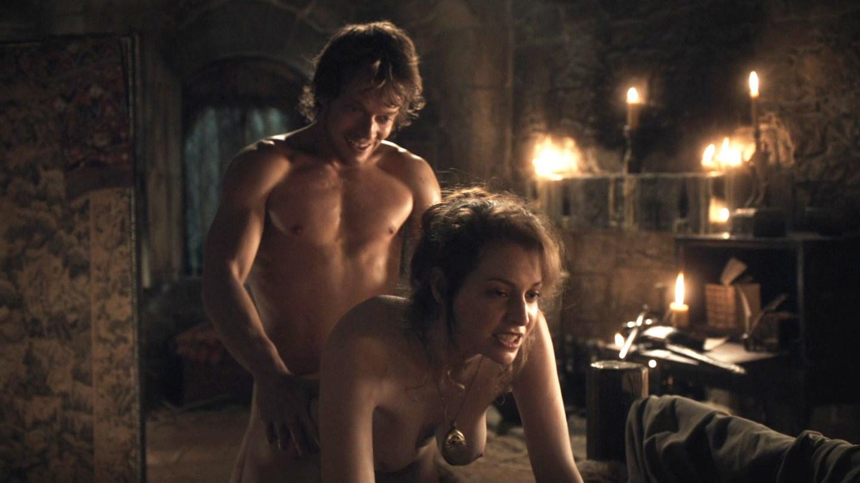 К чему сняться интимные сцены