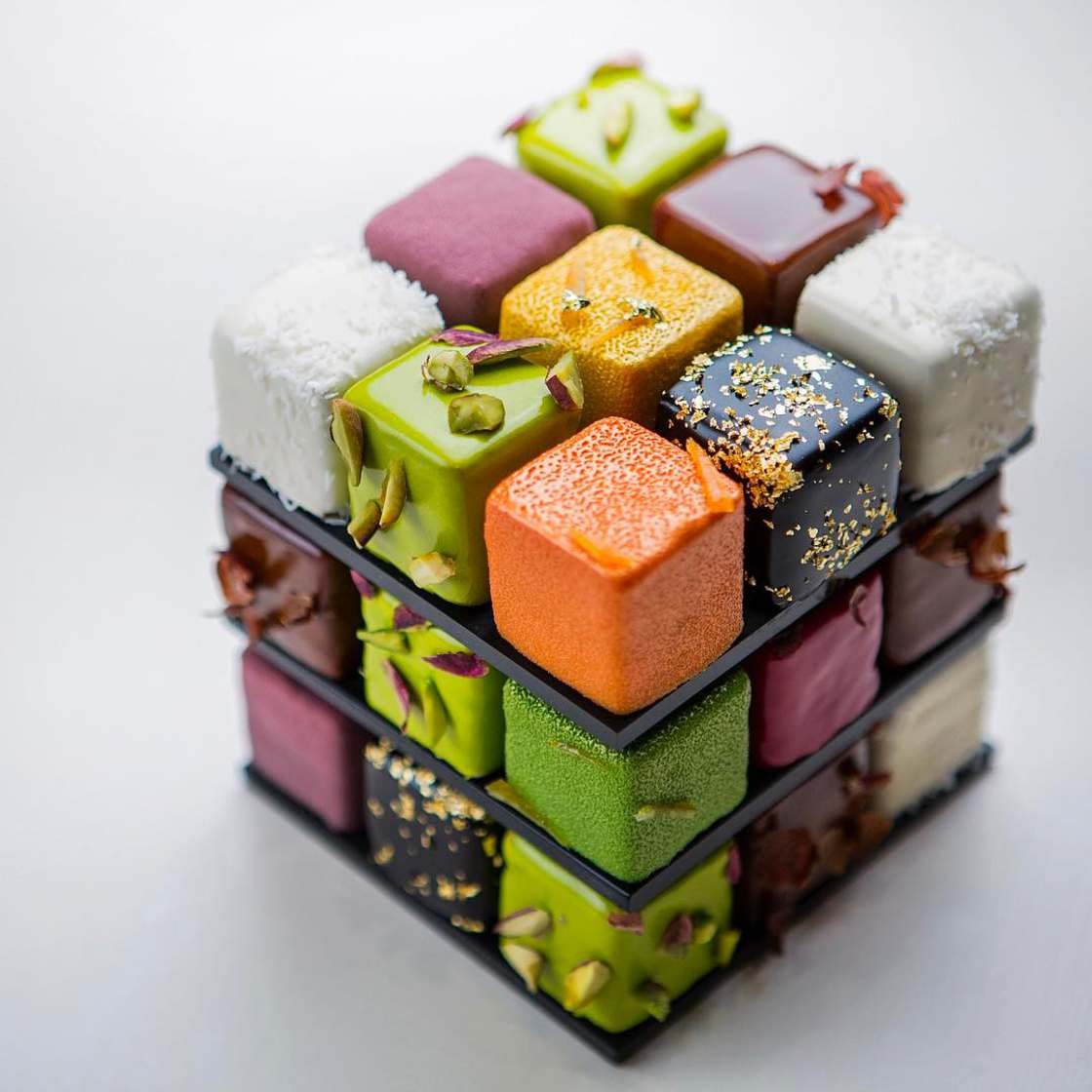 Rubik's Cake – An incredibly appetizing geometric pastry! (20 pics)