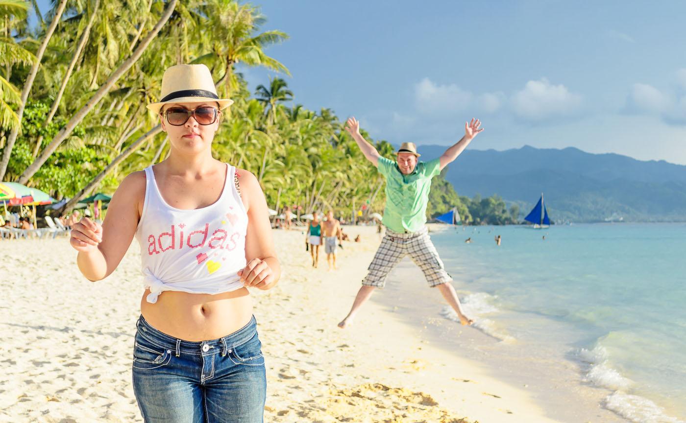 Фото 3. Давайте знакомиться с участниками тура по филиппинским островам. Моя жена. Как снимать фоторепортаж. Уроки фотографии для начинающих. Зеркалка Nikon D5100 KIT 18-55 VR. 1/640, 5.6, 100, 55.