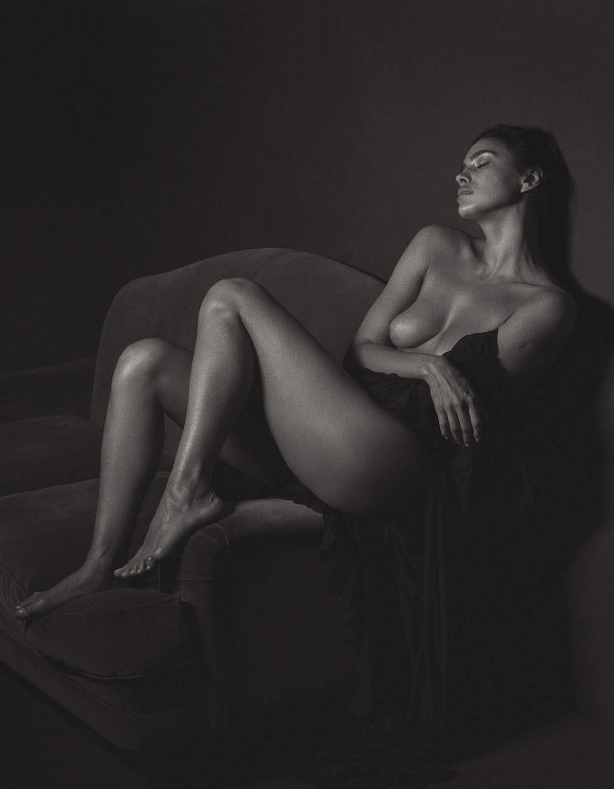 голая Ирина Шейк / Irina Shayk nude by Mario Sorrenti - GQ Italia september 2016