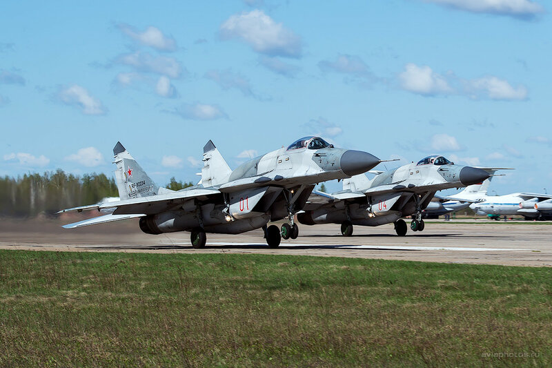 Микоян-Гуревич МиГ-29СМТ (RF-92234 / 01 красный) D807894_1400