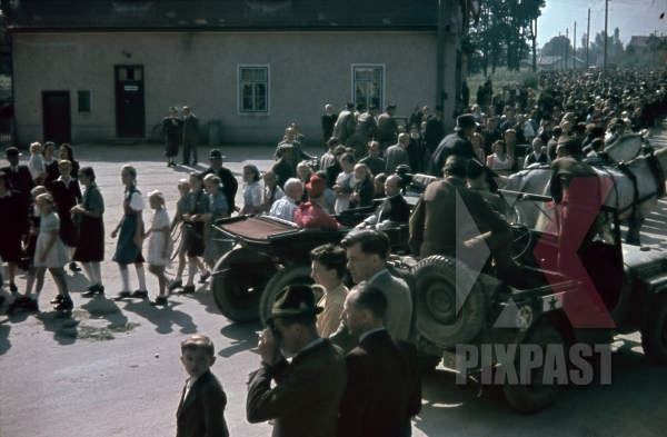 stock-photo-austria-1945-cardinal-innitzer-in-horse-cart-with-american-gi-1-star-general-willy-jeep-church-parade-10694.jpg