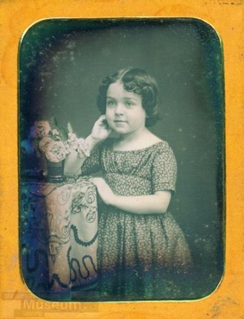 1850-1855. Девочка с вазой
