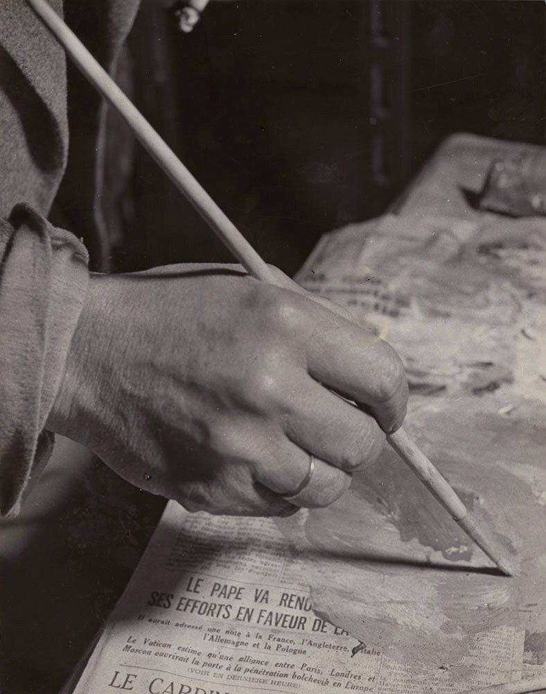 1945. Пикассо рисует