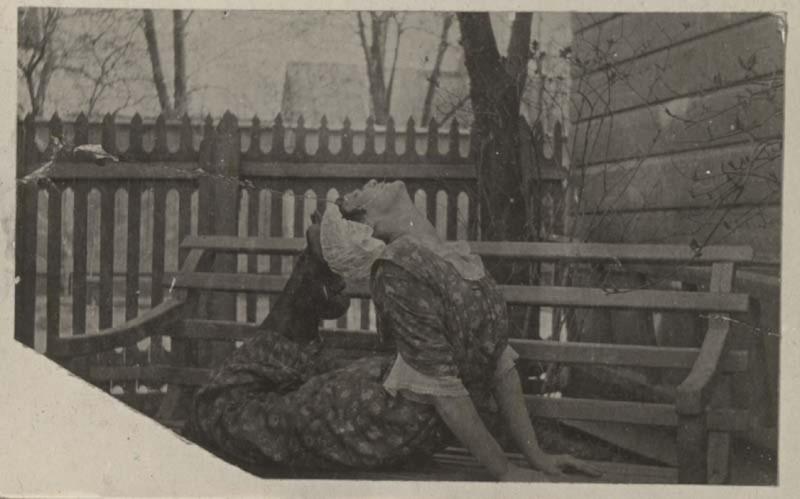 Анна Ахматова. Царское Село. Петроград. Российская империя. 1916 года.jpg