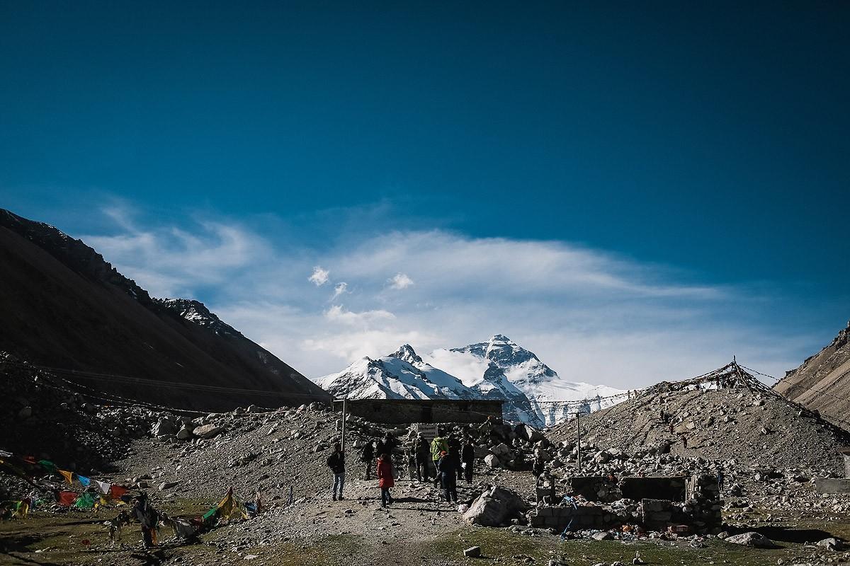 26. На следующий день мы преодолели последние четыре километра до базового лагеря. Дальше туристов н