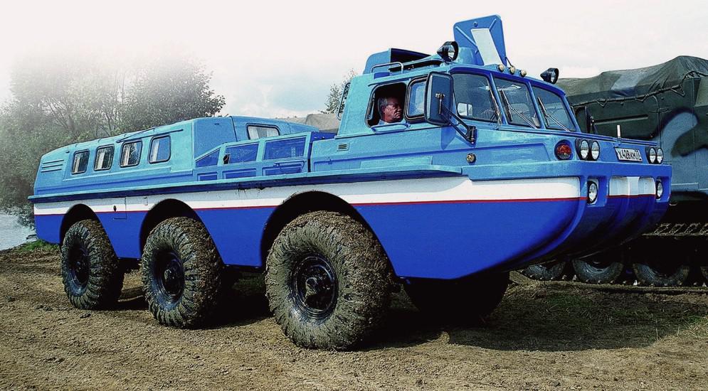 В начале 2000-х годов развитием плавающей серии «Синяя птица» стала сухопутная эвакуационная машина