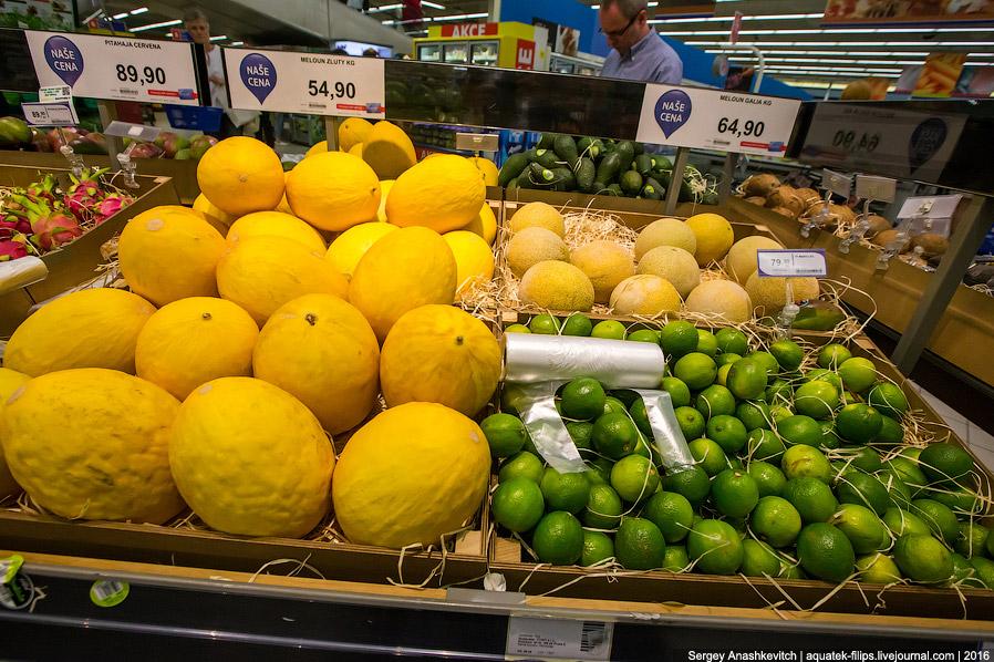 25. Увидев цену на манго, я готов застрелиться... 75 р/шт. У нас меньше и намного хуже — от 105