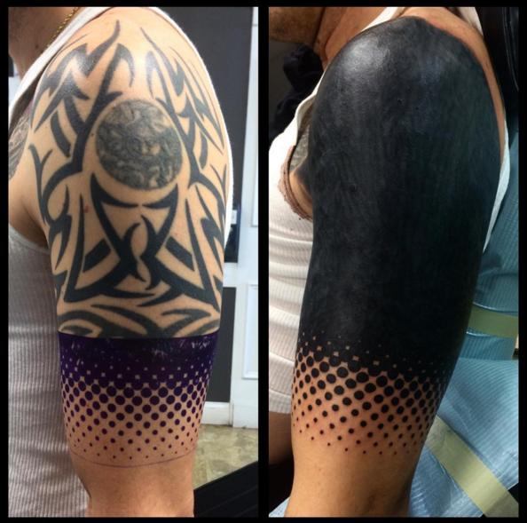 черные-крупные-татуировки-фото3.png