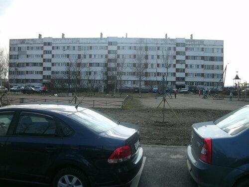 пос. Ленсоветовский, 22