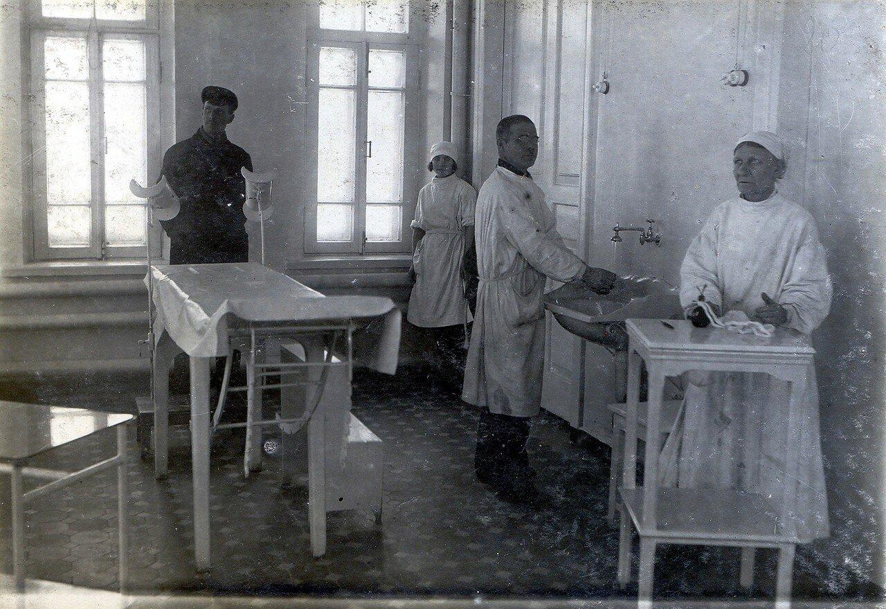 1929. Операционная. Рудничная больница