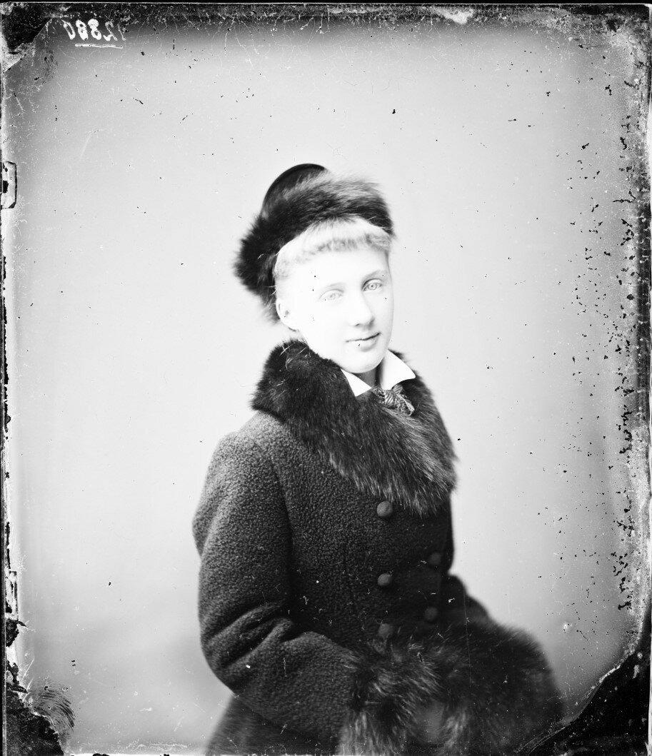 1879. Елизавета Августа Мария Агнесса, принцесса Саксен-Альтенбургская