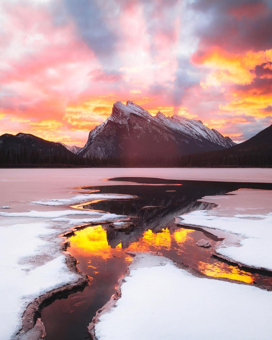 Красивые природные пейзажи Карла Шакура