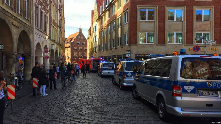 Полиция в Германии привела новые детали относительно наезда на людей в Мюнстере