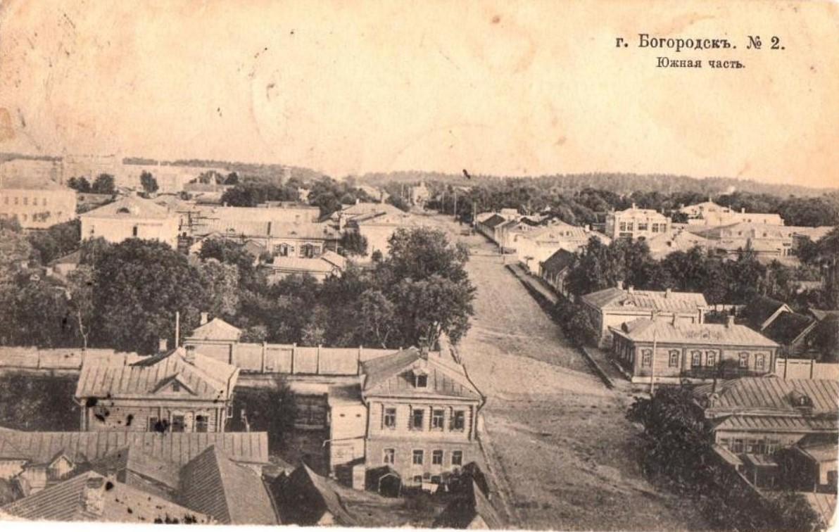 Вид с колокольни Богоявленского собора в сторону вокзала
