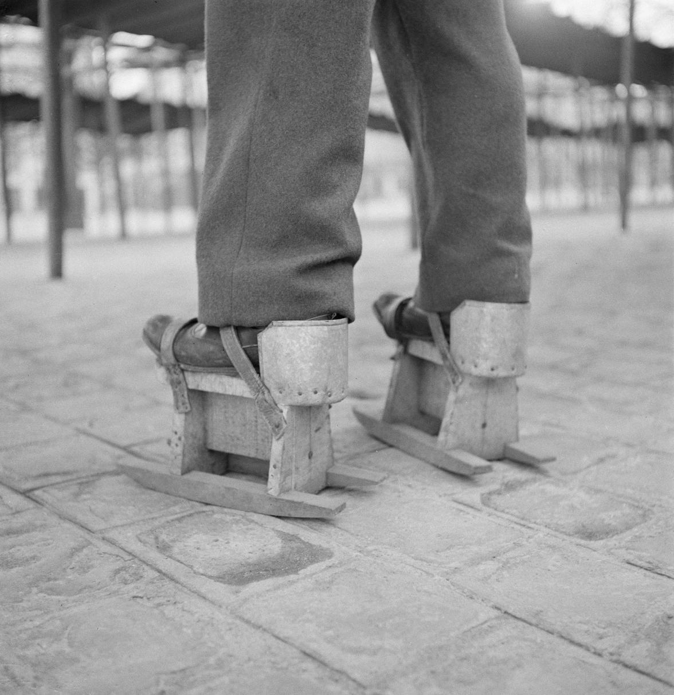 Обувь «Скамья», которую носят рыночные торговцы