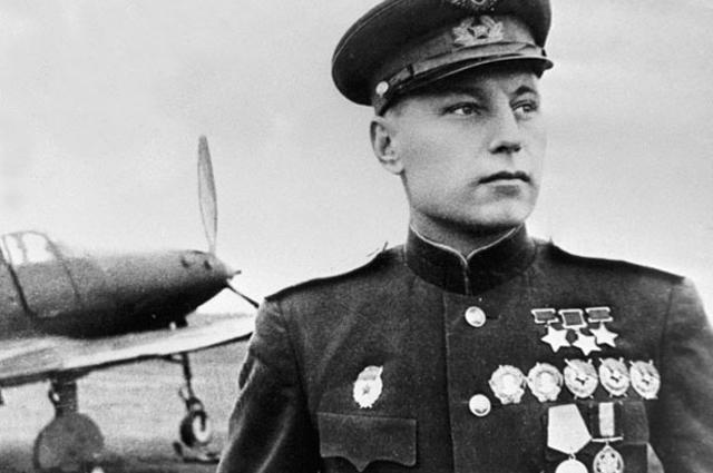 Александр Покрышкин: «Летчик-истребитель овладевает искусством высшего пилотажа, следуя какому-то образцу» (1 фото)