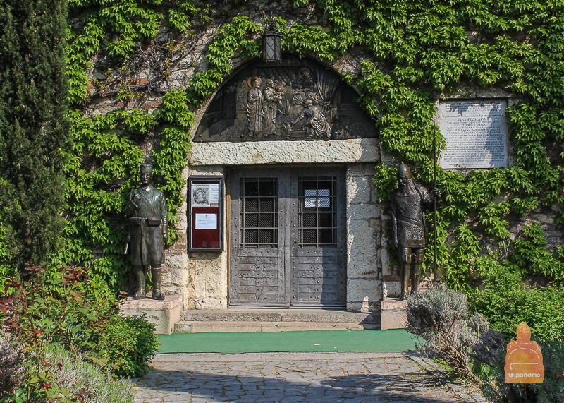 Ворота церкви Ружици