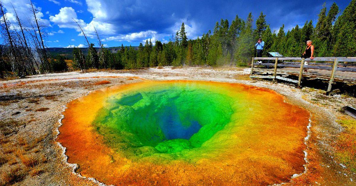 Разноцветные озера планеты (22 фото)