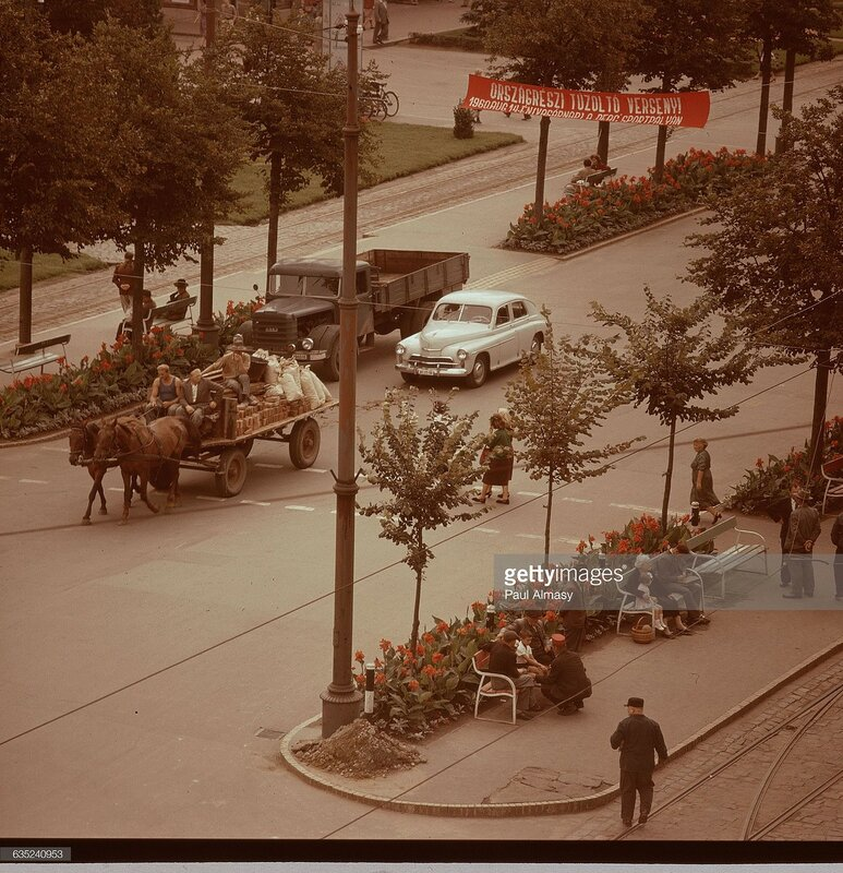 1950s Avenue of the Red Army in Debrecen, Hungary.jpg