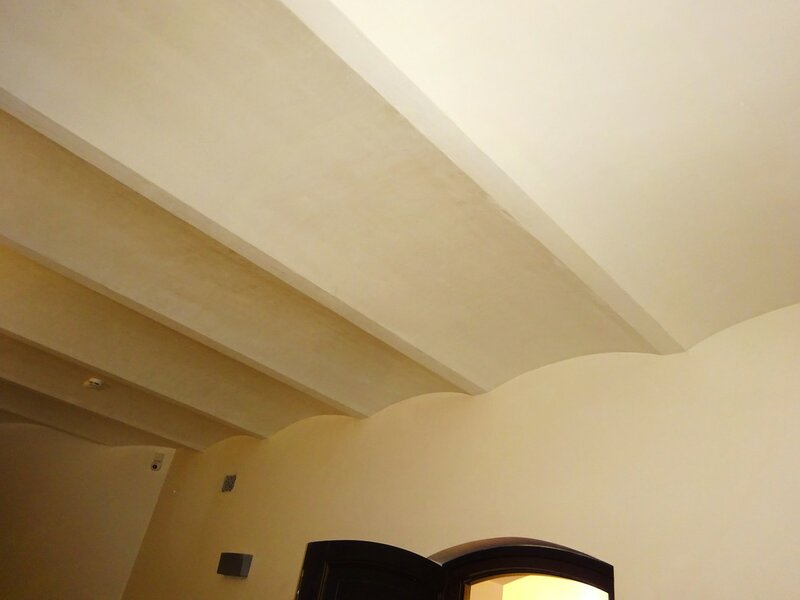 Балки потолка