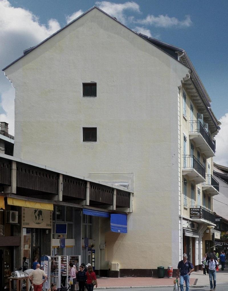 Однажды этот мужчина увидел невзрачное здание.То, что он из него сделал, безупречно!